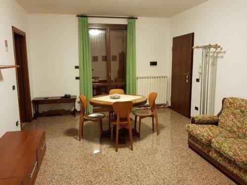 Appartamento primo piano - 3 locali
