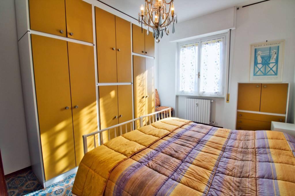 Appartamento in buone condizioni in vendita Rif. 9126322