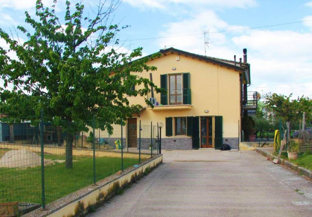 Villa trilocale in vendita a Assisi (PG)
