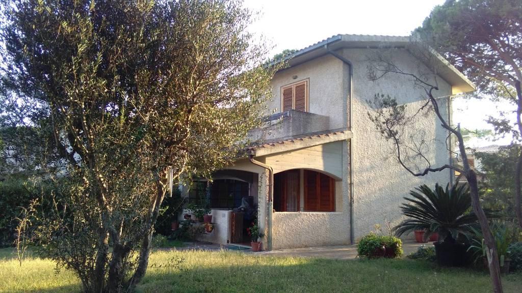 Villetta a schiera in buone condizioni in vendita Rif. 9126945