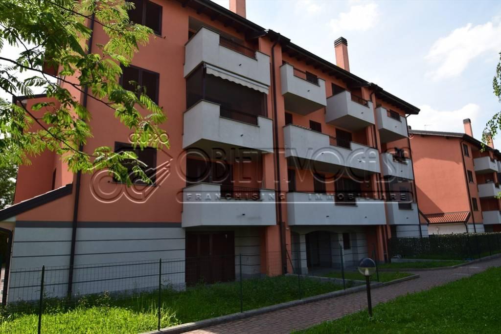 Appartamento in vendita a Noviglio, 3 locali, prezzo € 115.600 | CambioCasa.it