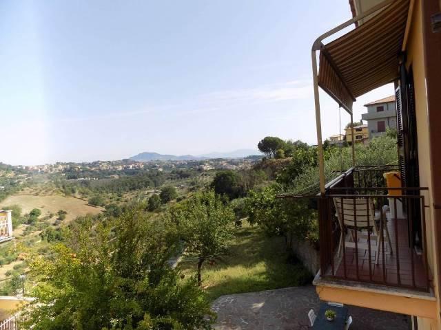 Villa in ottime condizioni in vendita Rif. 9123390