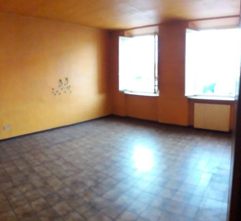 Appartamento in ottime condizioni in affitto Rif. 9122973