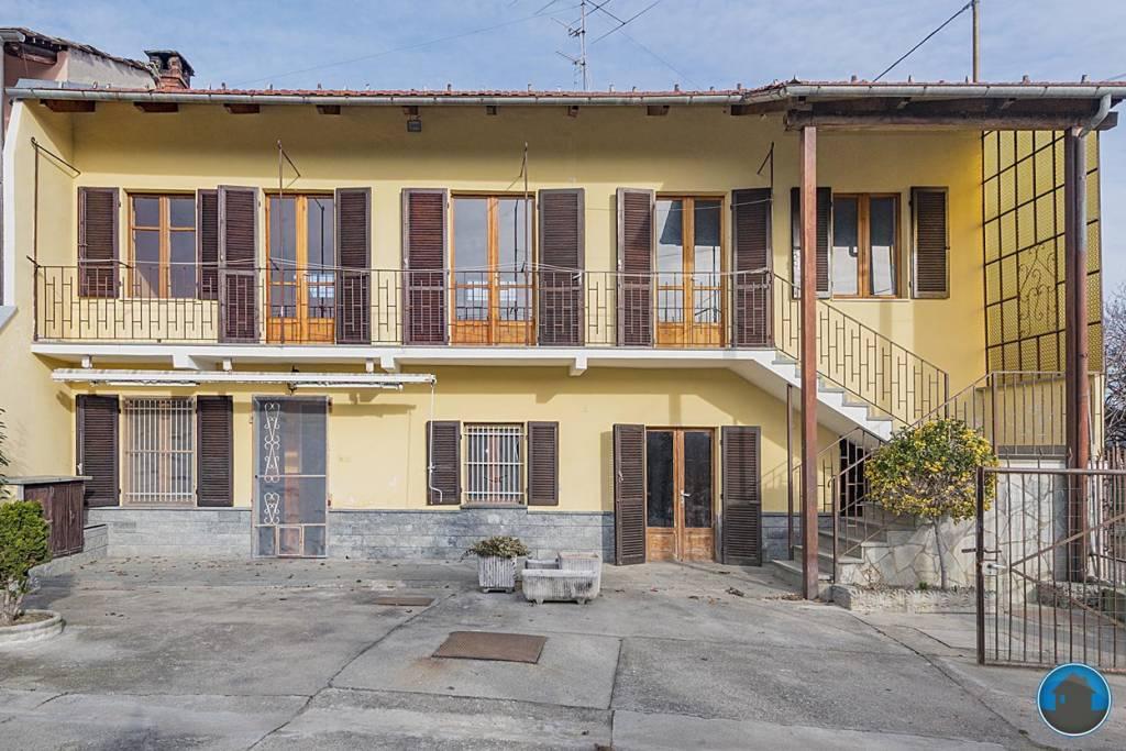 Villa in buone condizioni in vendita Rif. 9122963