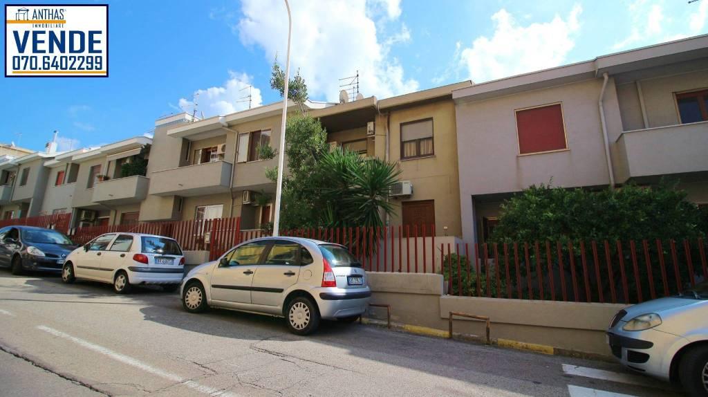 Villetta a schiera in buone condizioni in vendita Rif. 9122629