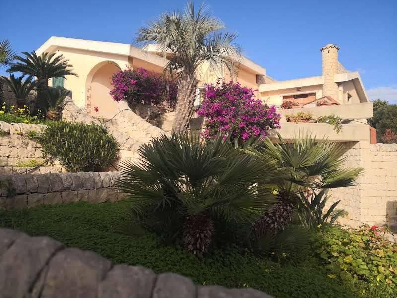 Villa in Vendita a Scicli Periferia: 5 locali, 163 mq