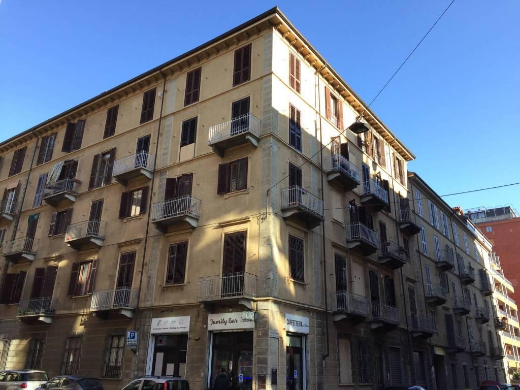 Appartamento in vendita via Federico Menabrea 13 Torino