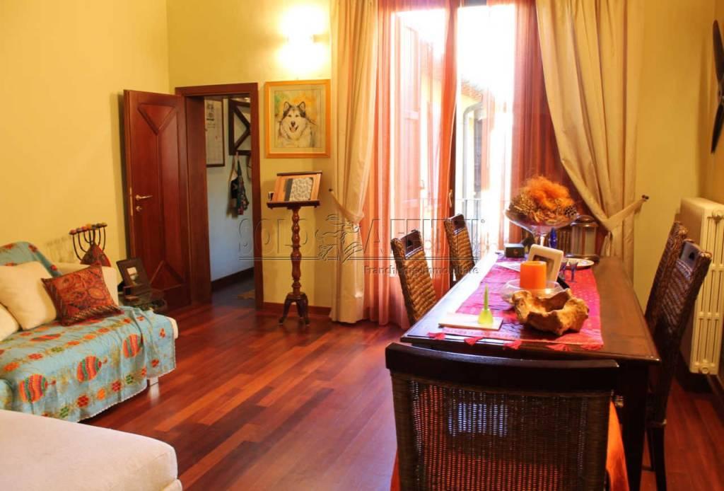 Appartamento in ottime condizioni arredato in affitto Rif. 9176426