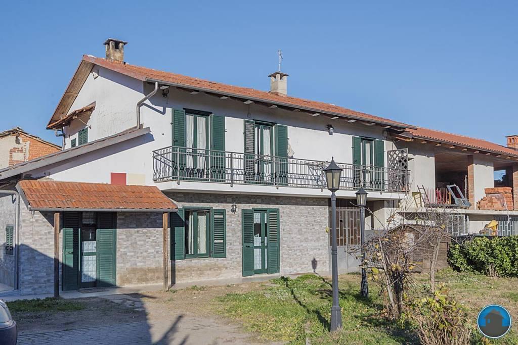 Casa Indipendente in ottime condizioni in vendita Rif. 8960938
