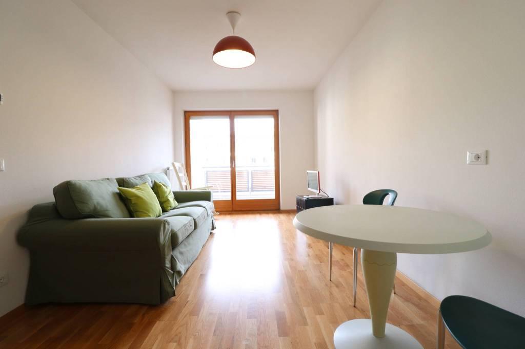 Appartamento in ottime condizioni in vendita Rif. 9161120
