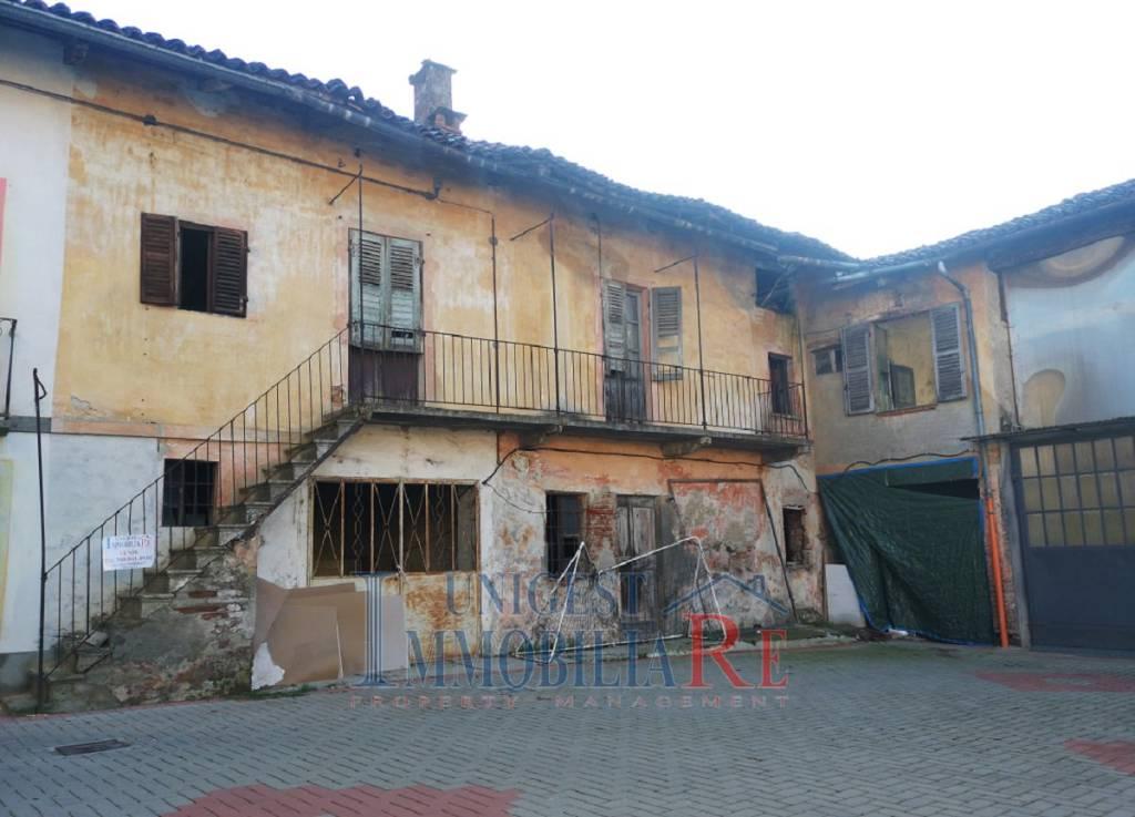 Foto 1 di Rustico / Casale via Navaroli, Villafranca Piemonte