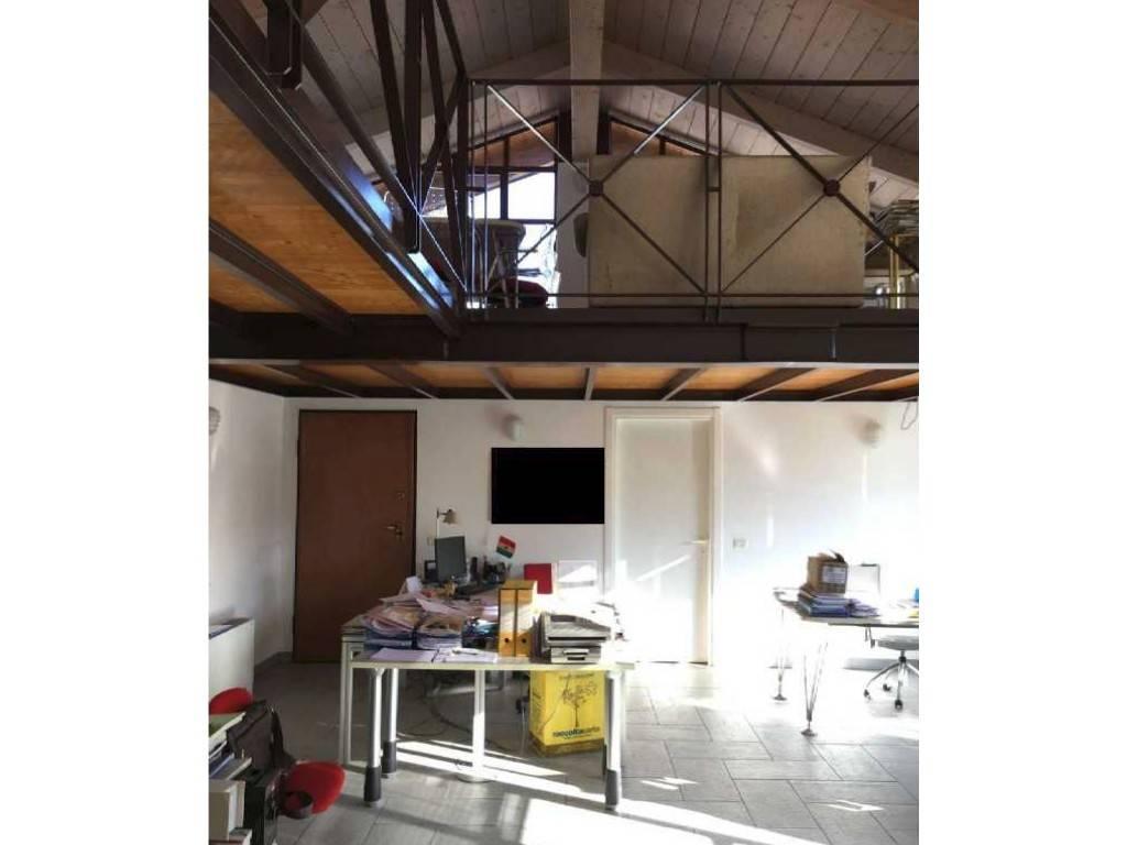 Ufficio / Studio in vendita a Torino, 6 locali, zona Barca-Bertolla, Falchera, Barriera Milano, Corso Regio Parco, Rebaudengo, prezzo € 77.000 | PortaleAgenzieImmobiliari.it