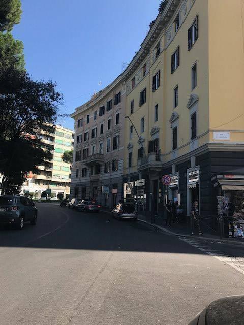 Appartamento in vendita a Roma, 3 locali, zona Zona: 14 . San Giovanni, Re di Roma, P.ta Metronia, prezzo € 339.000 | CambioCasa.it