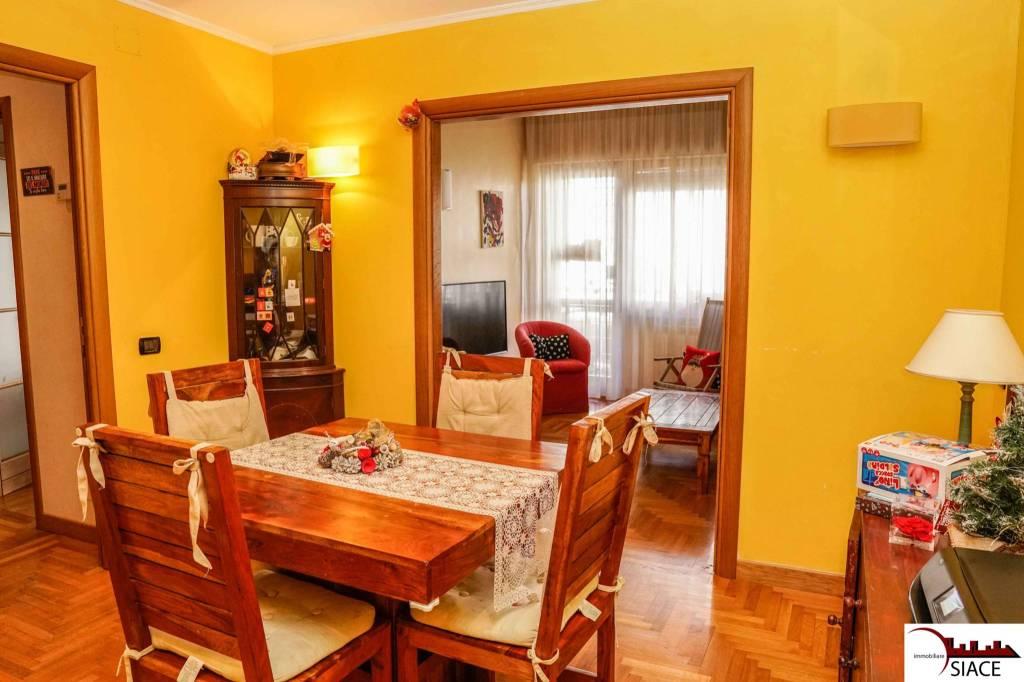 Appartamento in vendita a Roma, 3 locali, prezzo € 338.000   CambioCasa.it