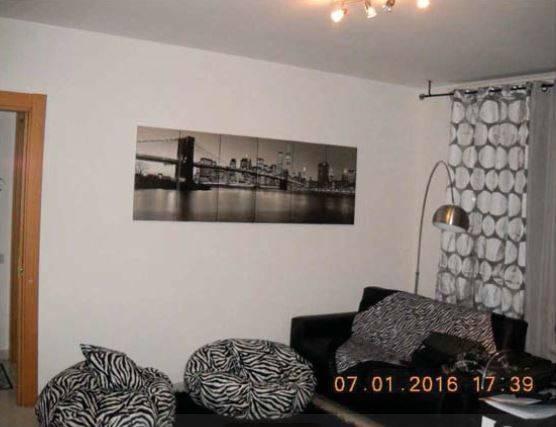 Appartamento in buone condizioni in vendita Rif. 9157686