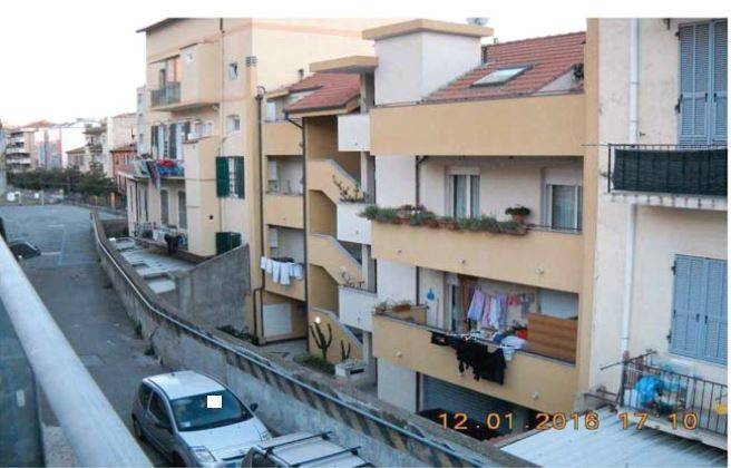 Appartamento in buone condizioni arredato in vendita Rif. 9157668