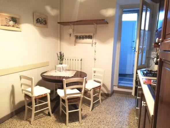 Appartamento in ottime condizioni arredato in affitto Rif. 9147295