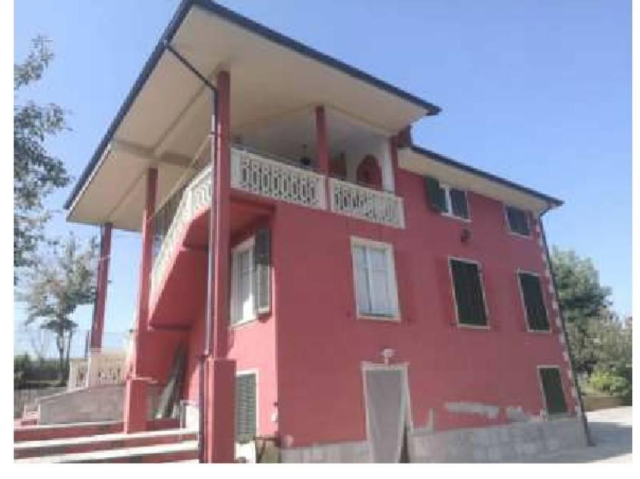 Foto 1 di Villa via Viglioni 15, Pianfei