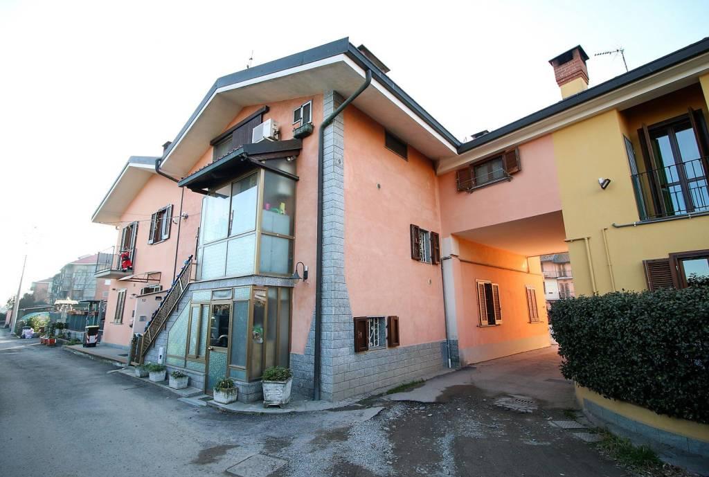 Foto 1 di Rustico / Casale via Colombaro 13, Mappano