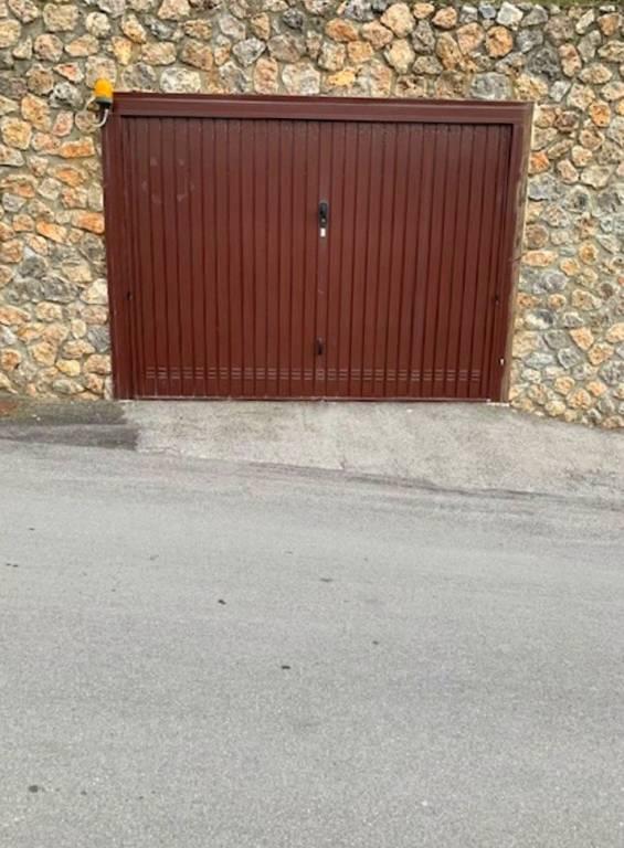 Box e posti auto in vendita Rif. 7435083