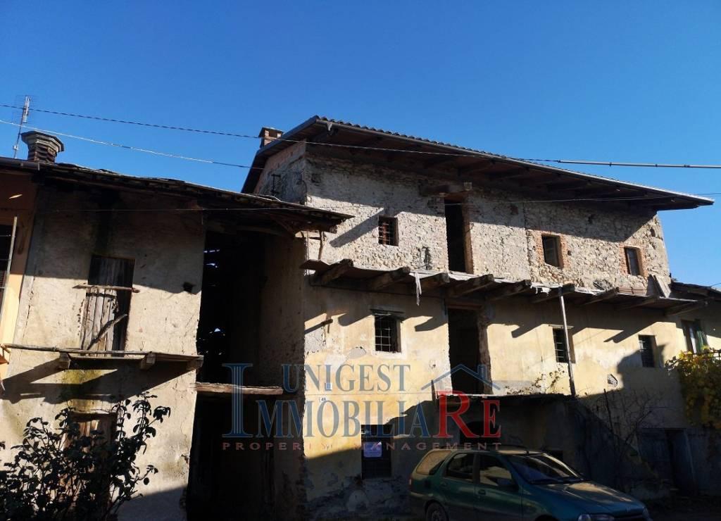 Foto 1 di Rustico / Casale via Castellani, Cavour