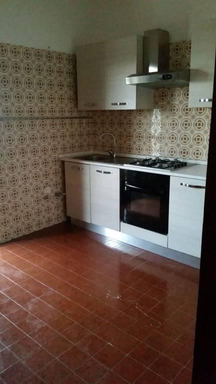 Appartamento in buone condizioni arredato in affitto Rif. 9150632
