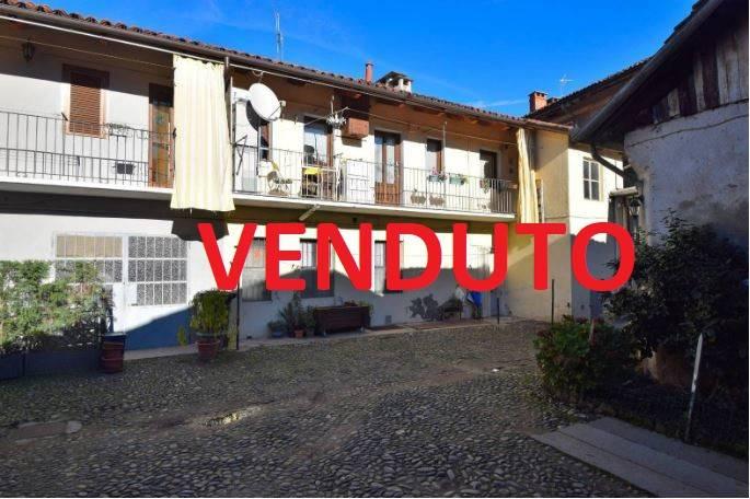Appartamento in ottime condizioni in vendita Rif. 8914705