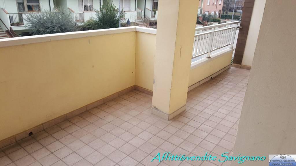 Appartamento in buone condizioni in vendita Rif. 9174917