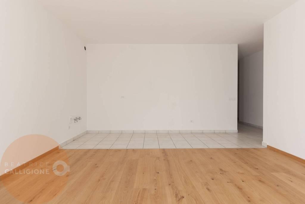 Appartamento in ottime condizioni in vendita Rif. 9182245