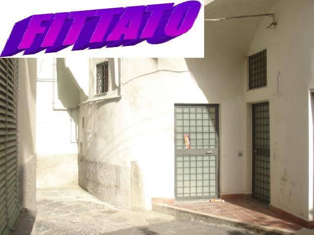 Appartamento in buone condizioni in affitto Rif. 8492593