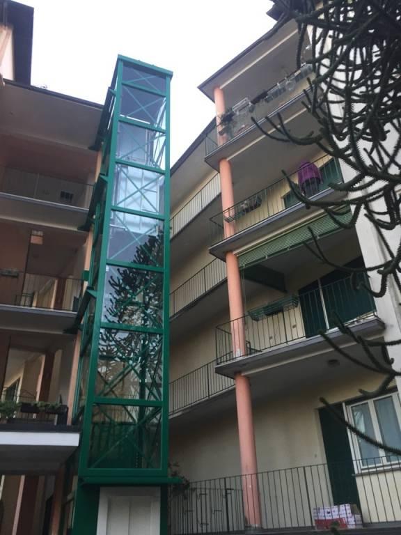 Appartamento in buone condizioni arredato in affitto Rif. 9181712