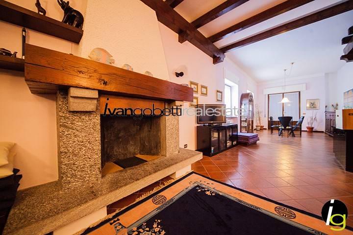 Intero complesso residenziale in vendita, Stresa, Lago Maggi Rif. 9180786