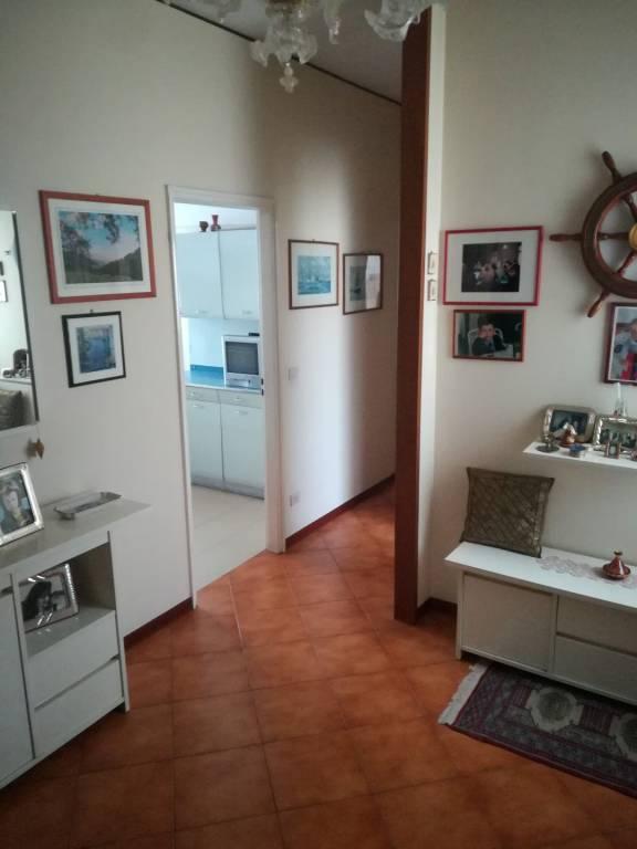 Appartamento in ottime condizioni parzialmente arredato in vendita Rif. 9176733