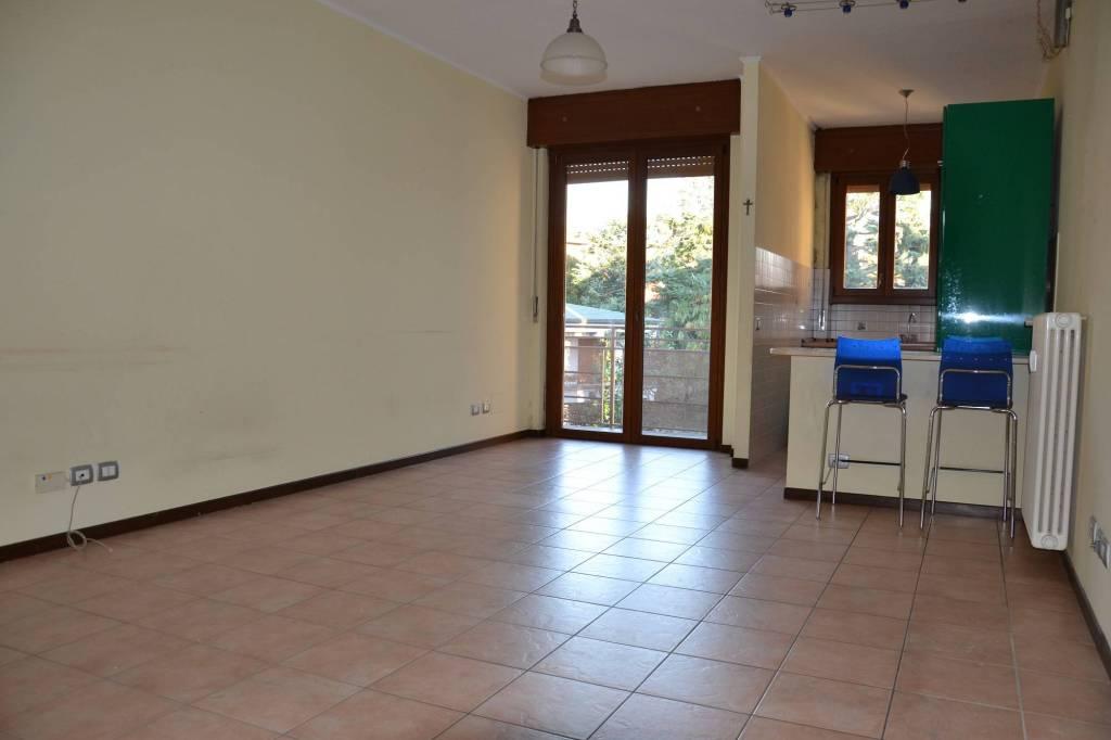 Appartamento in ottime condizioni parzialmente arredato in vendita Rif. 9174408