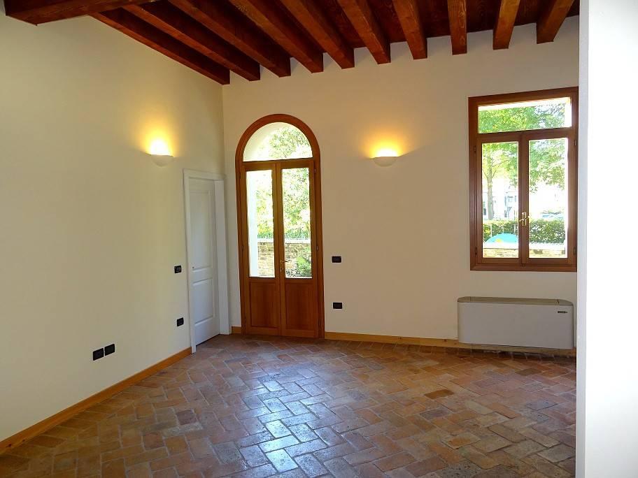 Raffinato Appartamento in affitto in centro a MIrano