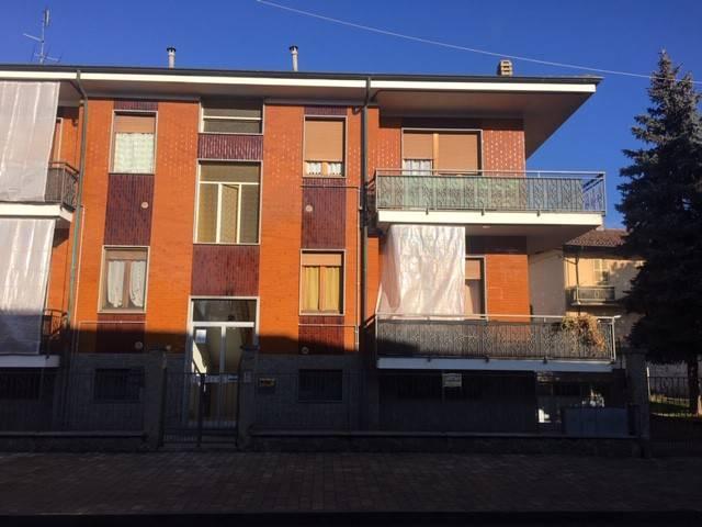 Foto 1 di Bilocale via Roma, Airasca