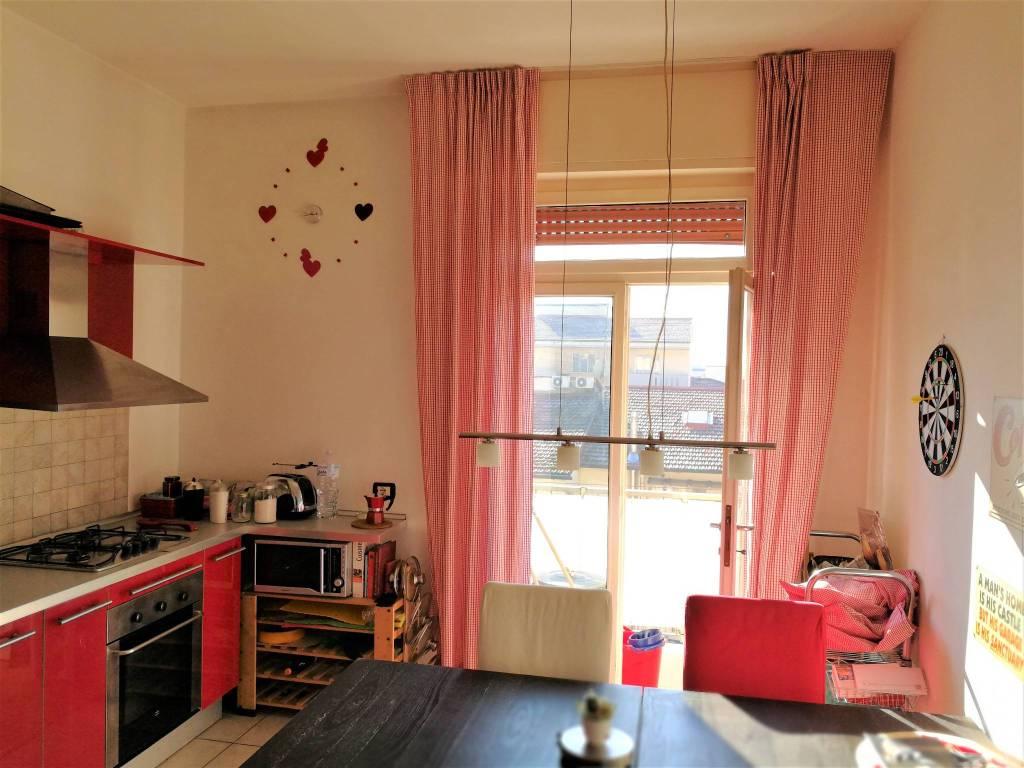 Appartamento in ottime condizioni in vendita Rif. 9178039