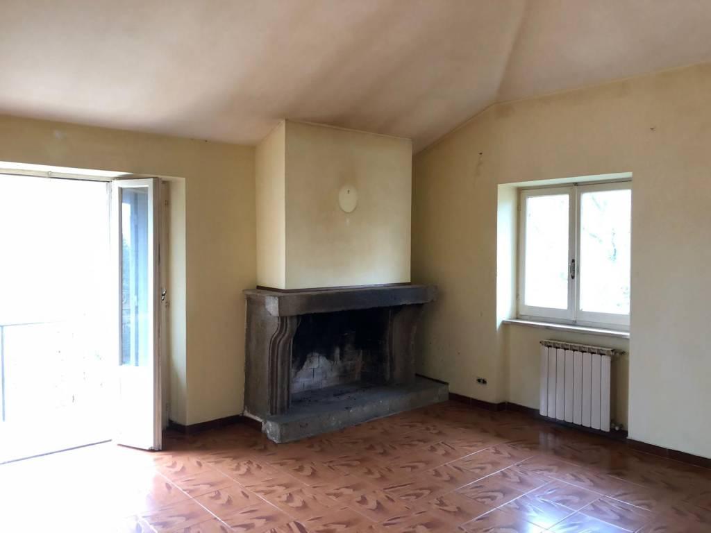 Manziana appartamento mq 120 ca.
