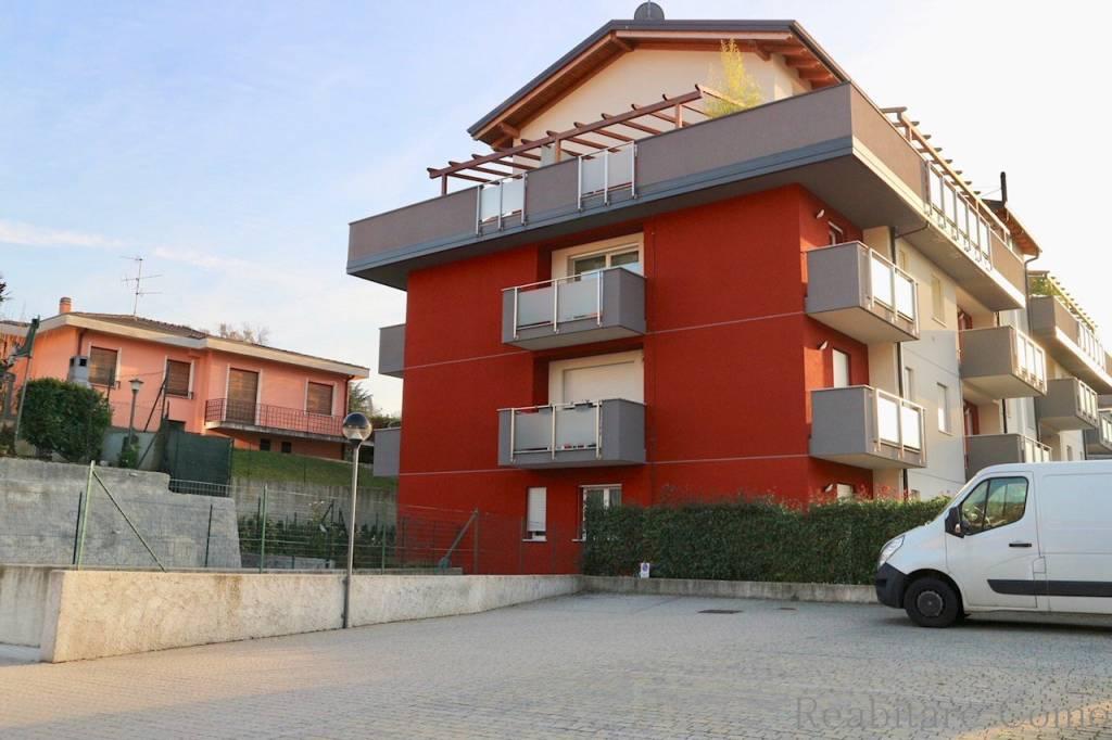 Appartamento arredato in affitto Rif. 9177226