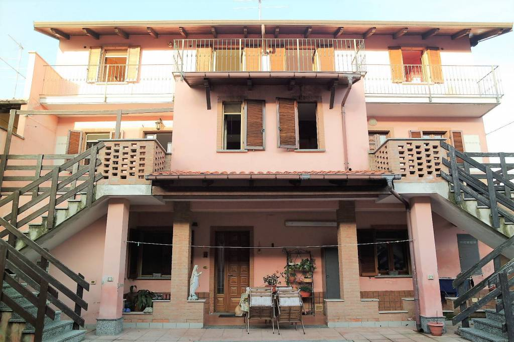 Casa Indipendente in ottime condizioni in vendita Rif. 9178997