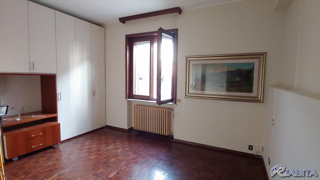 Appartamento in Affitto a Piacenza Periferia: 3 locali, 110 mq