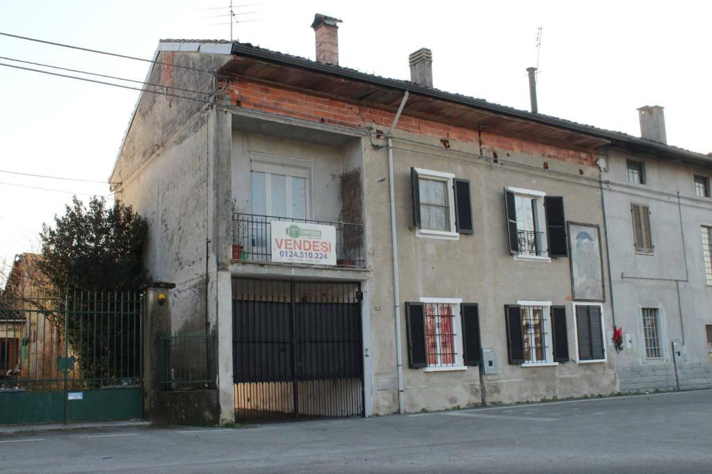 Foto 1 di Casa indipendente via San Grato, Torre Canavese