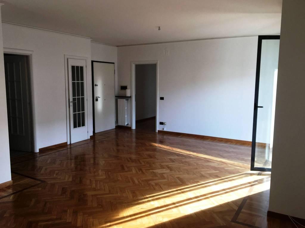 Appartamento in ottime condizioni in vendita Rif. 9178707