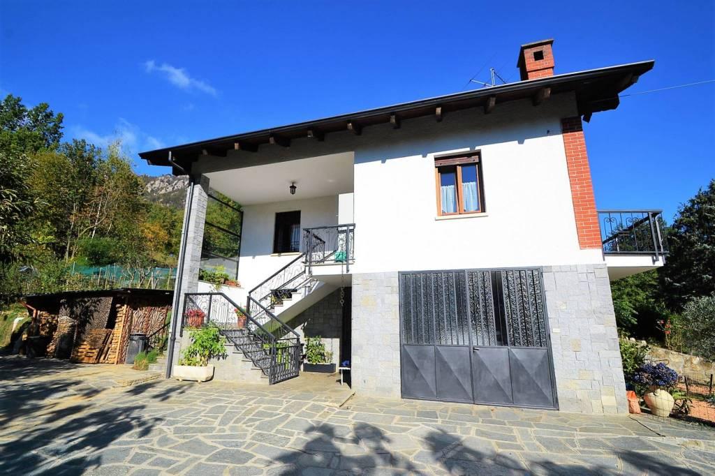 Villa in ottime condizioni in vendita Rif. 9196654