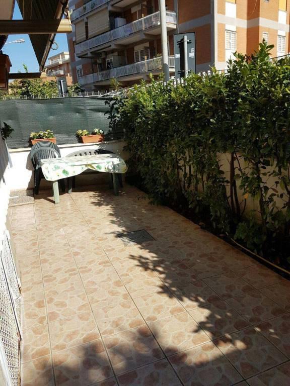 Appartamento in ottime condizioni arredato in affitto Rif. 9193936