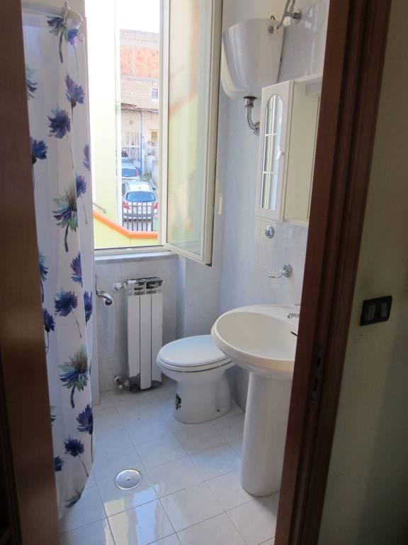 Appartamento in buone condizioni in affitto Rif. 9195239