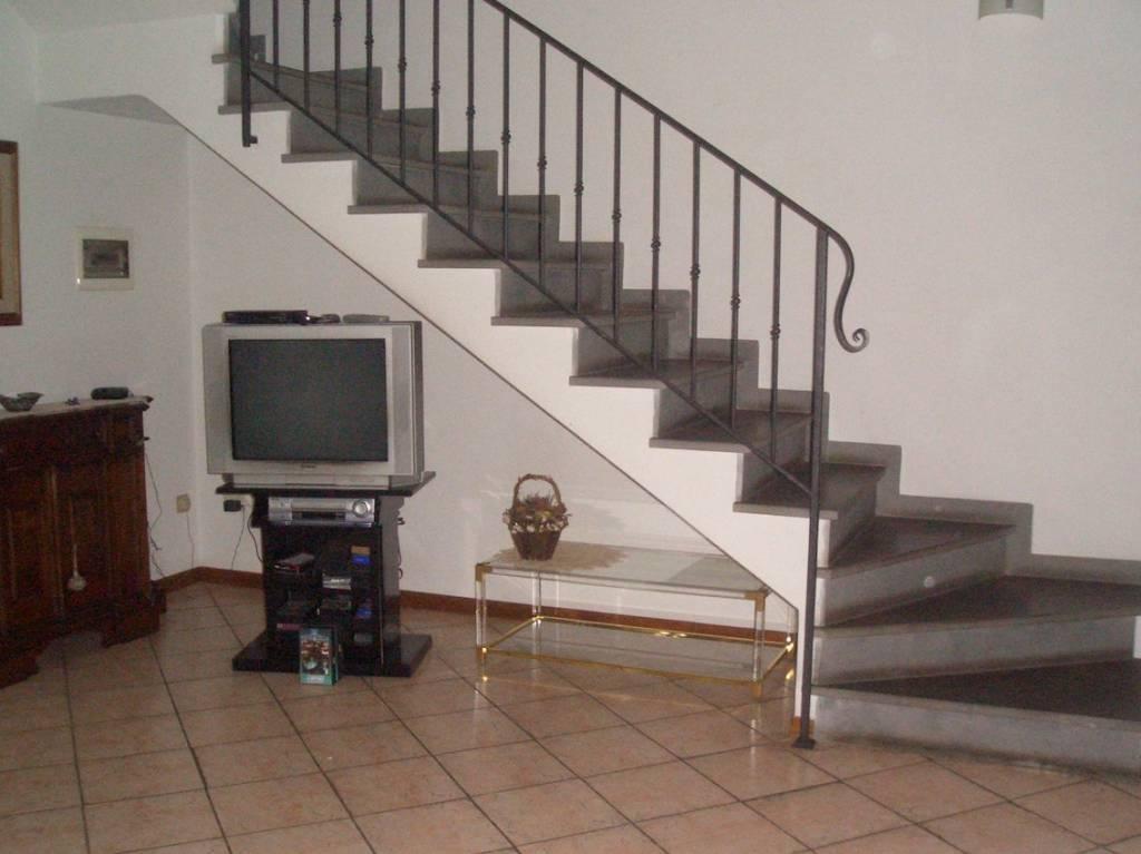 Casa Indipendente in buone condizioni in vendita Rif. 9193228