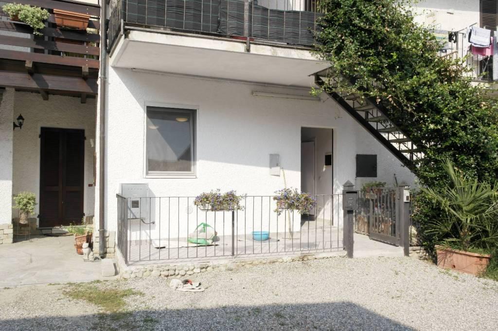 Appartamento in vendita a Brebbia, 3 locali, prezzo € 53.000 | CambioCasa.it