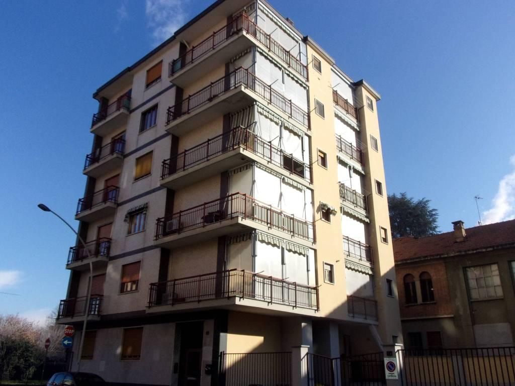 Appartamento da ristrutturare in vendita Rif. 9193140