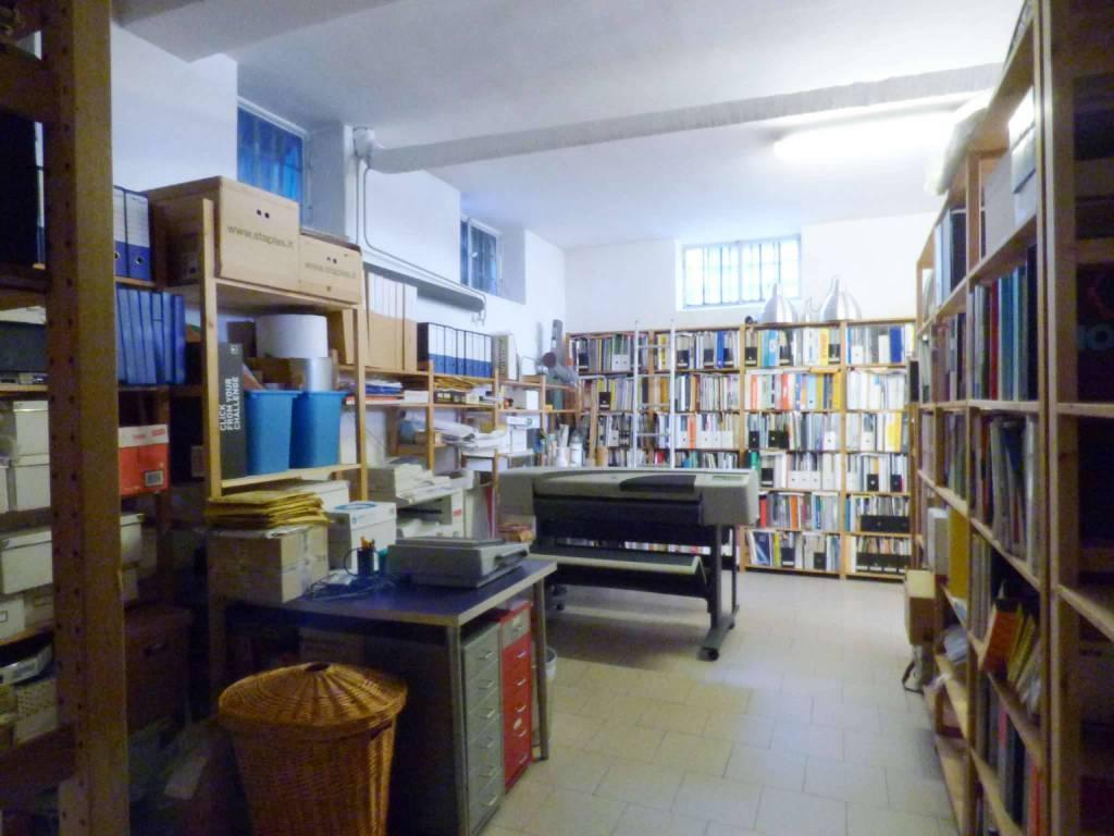 Negozio / Locale in vendita a Milano, 6 locali, prezzo € 218.000 | CambioCasa.it